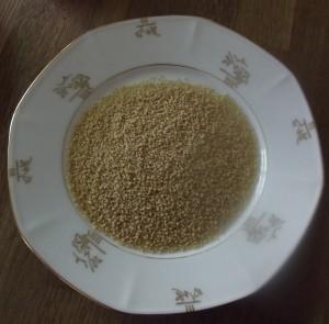 Aus Couscous lassen sich würzige bis scharfe vegane Gerichte zaubern, verfeinert mit frischem Gemüse. Schnell und lecker. Couscous ist eine tolle Alternative zu Nudeln, Reis & Co.