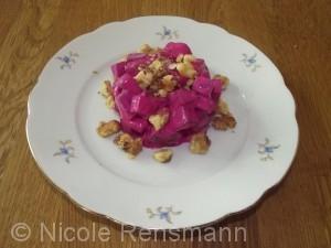 Rote Beete Salat mit karamellisierten Walnüssen á la Nicole