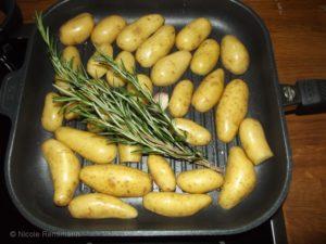 Rosmarinkartoffeln aus der Pfanne